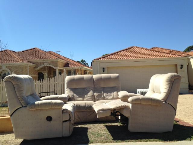Sunny sofa's